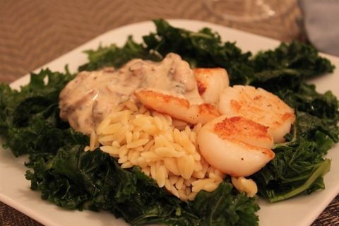 scallops in champagne mushroom sauce #healthy #seafood