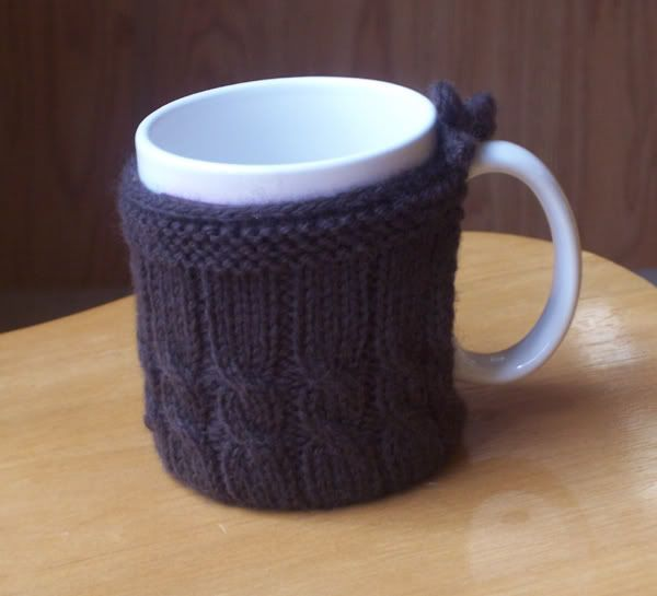 Mug Cozies Knitting Pattern : cabled mug cozy Momma crotchets Pinterest