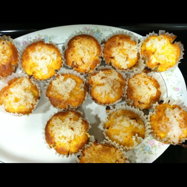 Pineapple coconut cupcakes! | Recipes | Pinterest