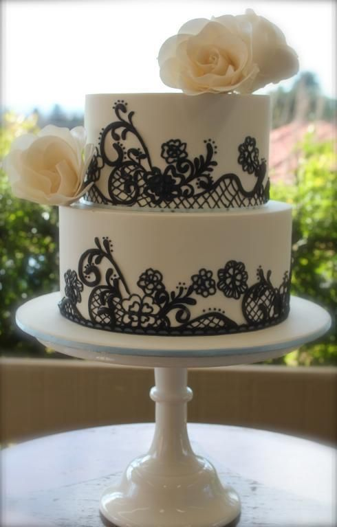 Black Piping Wedding Cake Creative Wedding Cakes Pinterest