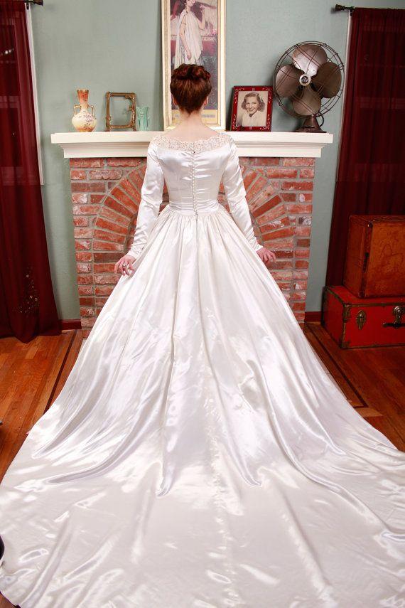 SPECIAL SALE - Vintage 1950s Wedding Dress - Heavy Duchess ...