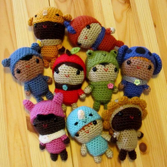Little Amigurumi Dolls crochet pattern by Ana Paula Rimoli
