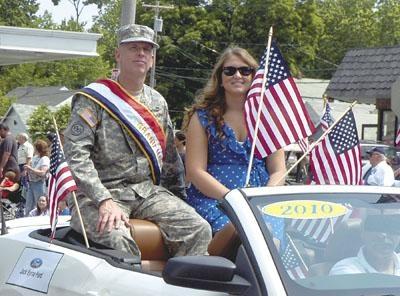 memorial day parade grand ave queens