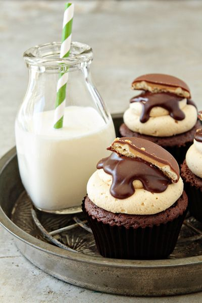 Tagalong cupcakes by @Jamie {My Baking Addiction} use of Girl Scout Cookies!