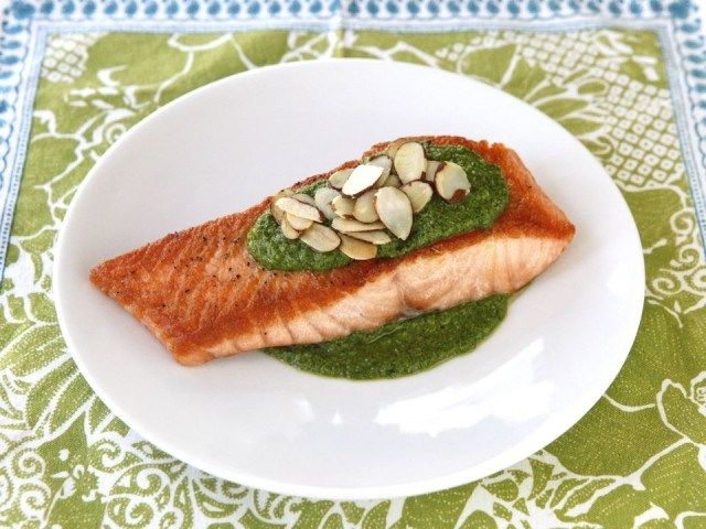 Seared Salmon with Toasted Almond Pesto | Yummy dinners | Pinterest