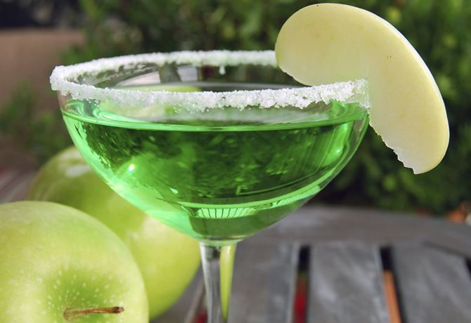 Green Apple Martini | Liquid Refreshments | Pinterest