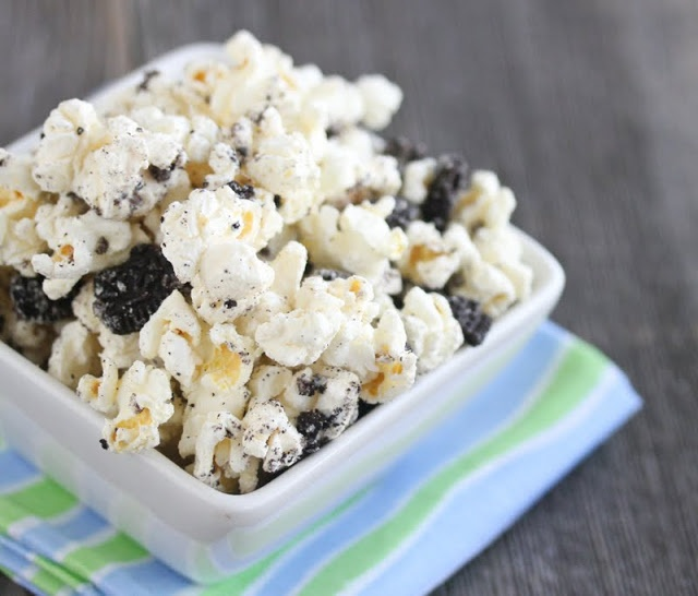 Cookies and Cream Popcorn | Sweets | Pinterest