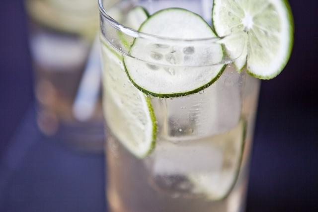 cucumber gin fizz | Food | Pinterest
