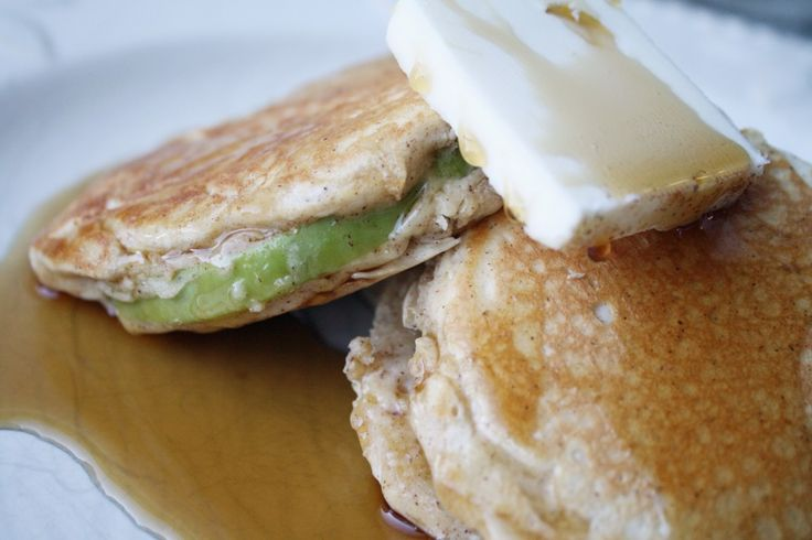 Cinnamon Apple Stuffed Pancakes | Rumbly in my tumbly...breakfast goo ...