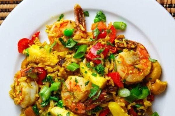The Bestest Recipes Online: Thai Pineapple Fried Rice