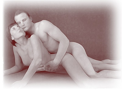 Casal fazendo sexo anal de bruços.