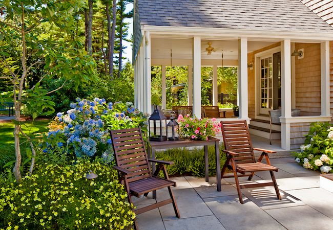 7 easy budget friendly backyard makeovers for Garden makeover ideas on a budget
