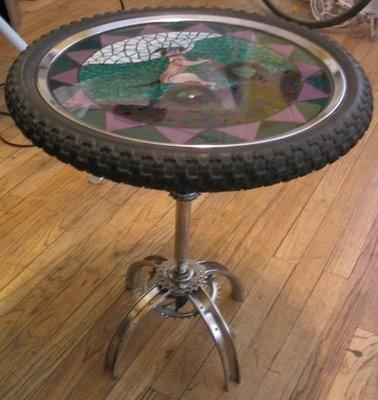 Bike wheel end table diy pinterest for Bicycle wheel table