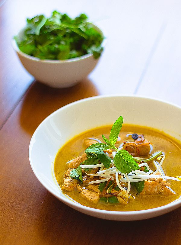 Thai Chicken Green Curry with Herbs - Canuck Cuisine