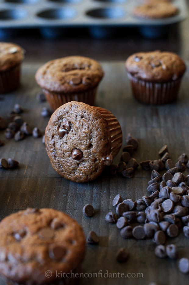 Chocolate Banana Muffins via @Liren Baker   Kitchen Confidante