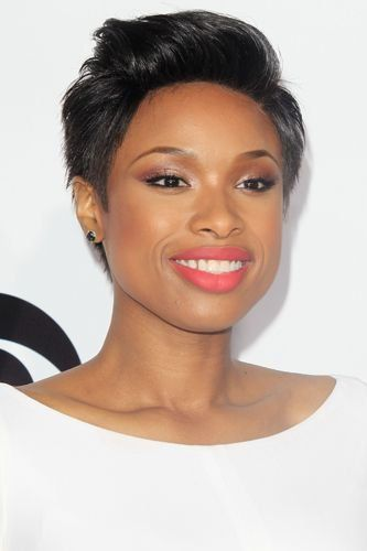 Jennifer Hudson Chops Off Her Long Hair into a Short Pixie Cut