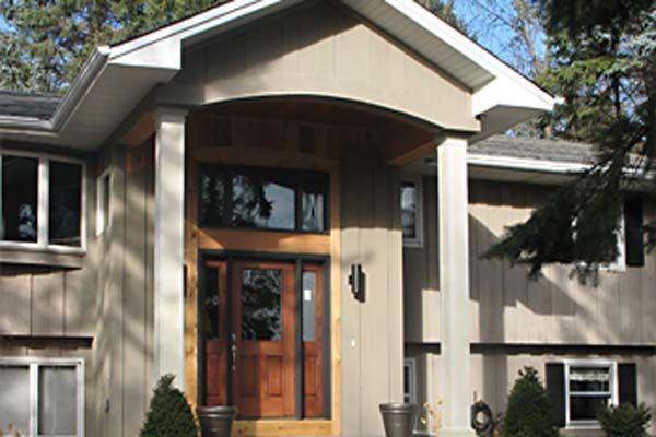 Split foyer house plans front view shut tha front door for Split foyer house designs