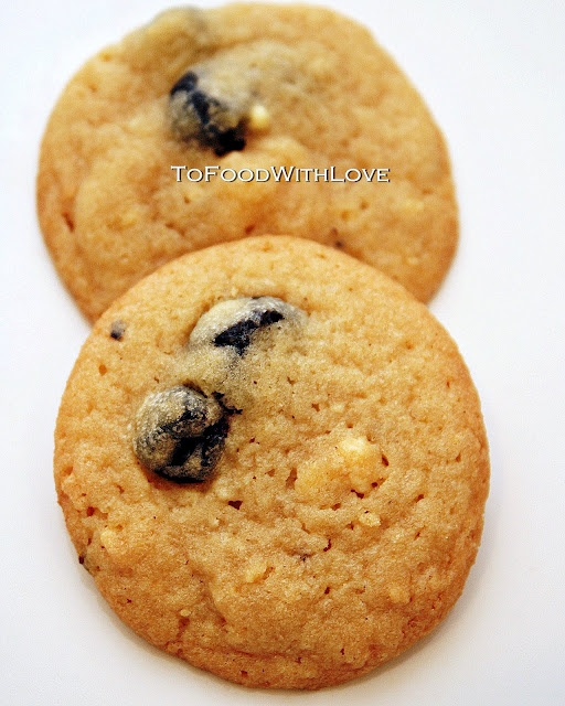 Momofuku Blueberry and Cream Cookies | Cakes and Desserts | Pinterest