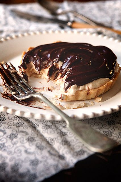 Chocolate Peanut Butter Mousse Tart | Things that make you go mmmmmmm ...