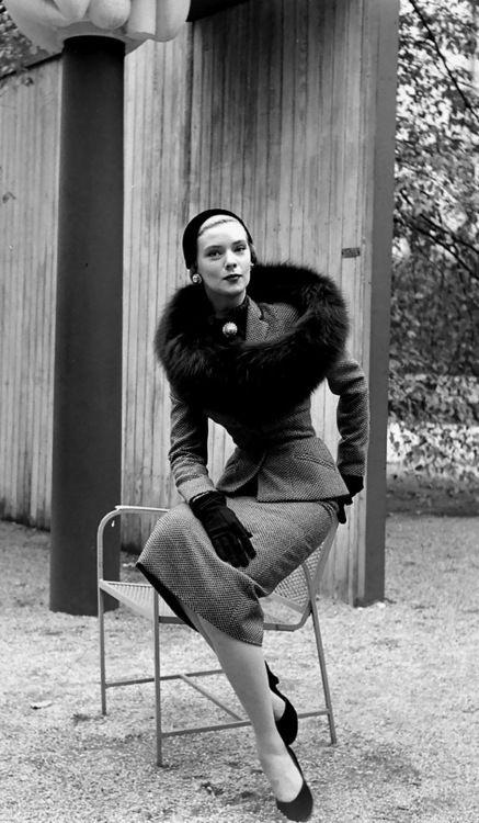 Barbara Woodby Nina Leen, 1950