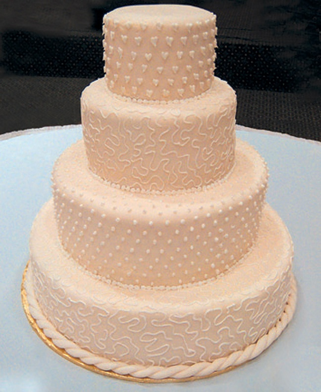 Cake Design For Royal Icing : Pinterest: Discover and save creative ideas