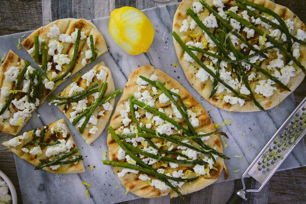 Grilled Naan Pizzas with Ricotta and Asparagus