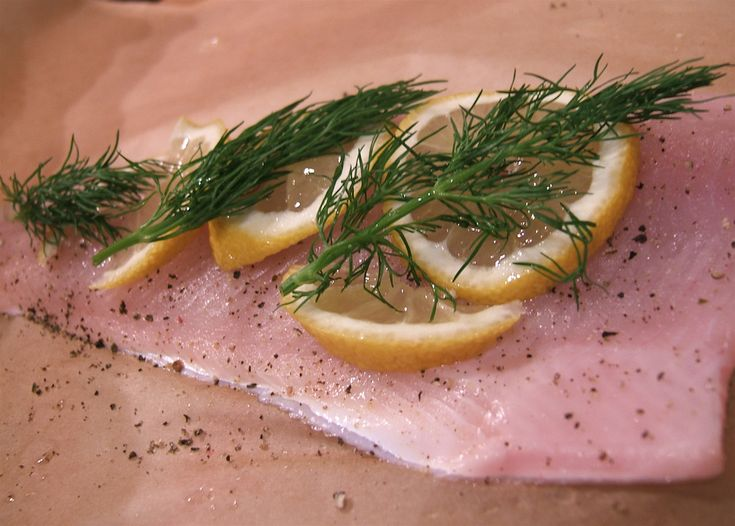 wikiHow to Fold and Bake Fish in Parchment Paper -- just saw this on ...