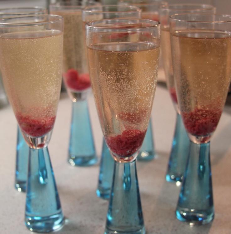 Prosecco-Rose Petal Pops Recipe — Dishmaps