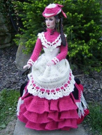 Monika's crochet on her Tonner.