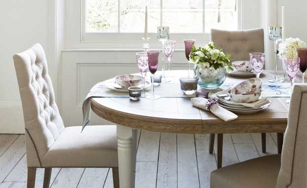 Traditional dining table and chairs dining room ideas for Traditional dining table uk