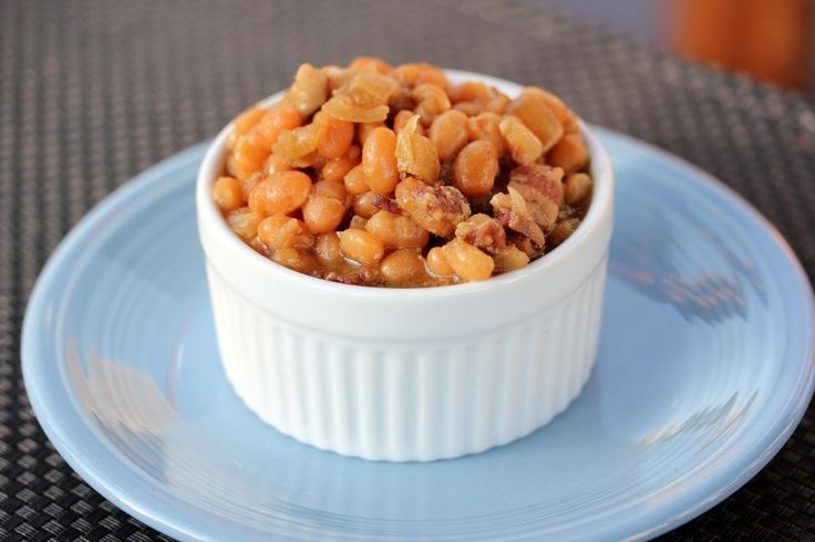 Summer Slow Cooker Baked Beans - We love a good slow cooker recipe in ...