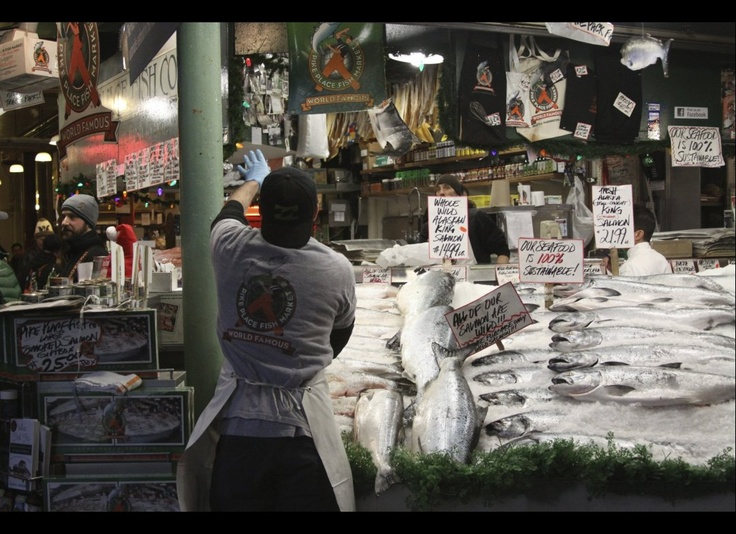 Photos a visit to seattle 39 s pike place market for Flying fish seattle