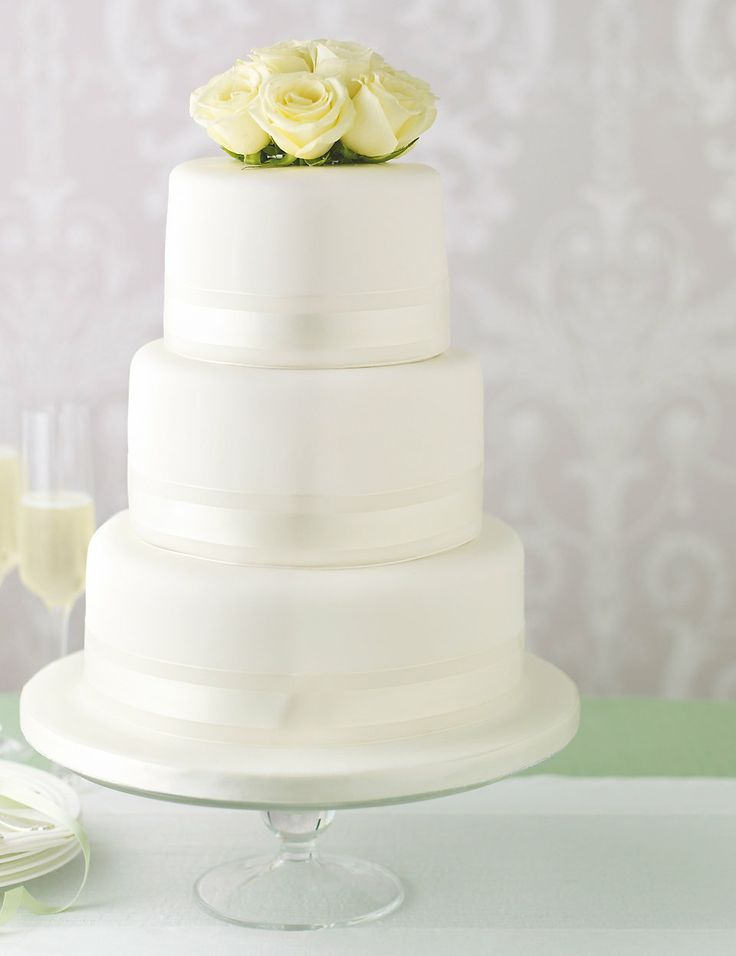 Elegant Round Sponge Wedding Cake M&S Shaadi Pinterest