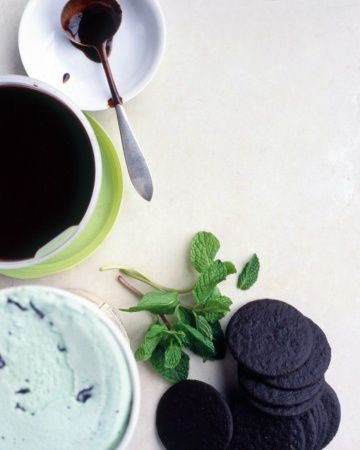 Irish Coffee Sundaes With Caramel Whiskey Sauce Recipes — Dishmaps