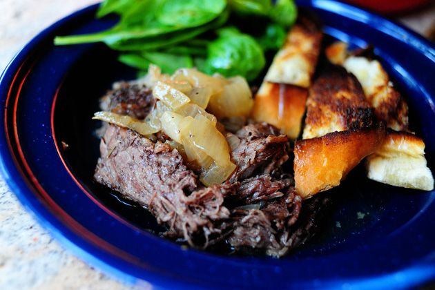 Beer-Braised Beef with Onions @fiance9 | Beef recipes | Pinterest