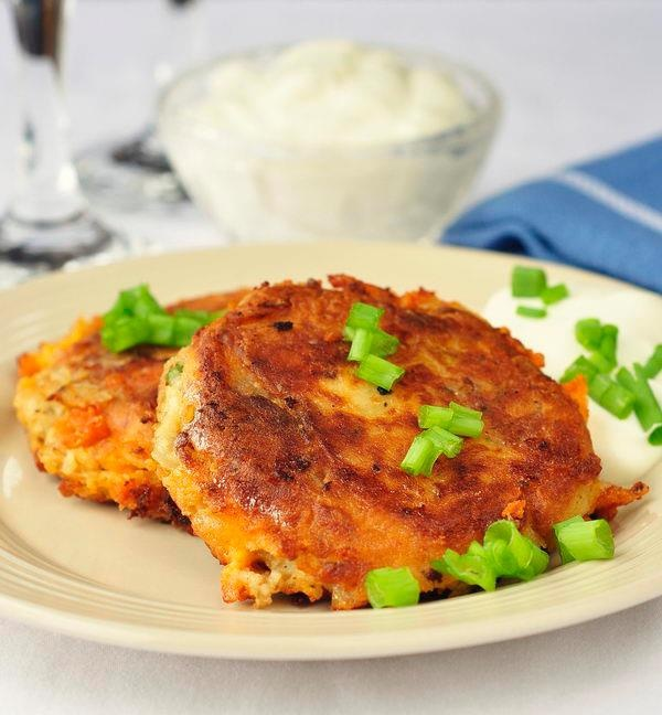 bacon cheddar and onion potato cakes | Delicious Sides | Pinterest