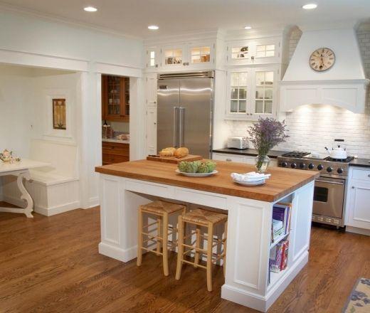 Traditional U-shaped White Kitchen
