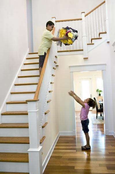 Best How To Replace A Staircase Railing 640 x 480
