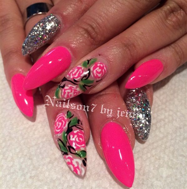 Day 231: Flowers & Glitter Nail Art - - NAILS Magazine