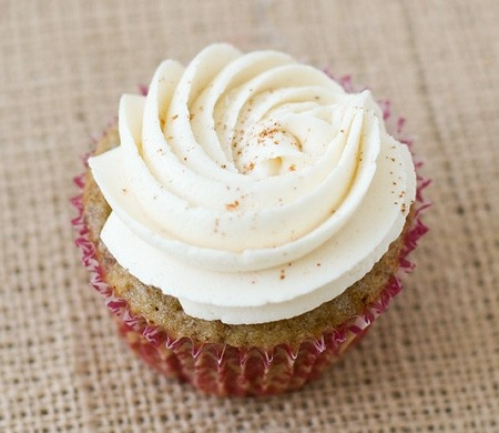 fig spice with honey cinnamon frosting | So Yummy: The Cupcakery! | P ...