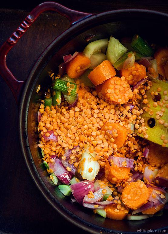 Zupa soczewicowa z warzywami