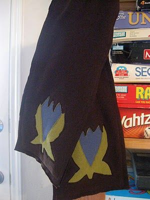 Tutorial: multi-layer reverse applique scarf. Machine sewn around applique. Would like to try running stitch by hand.
