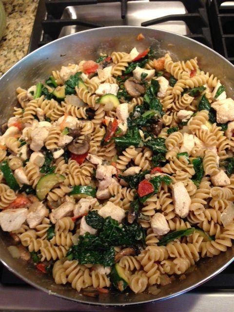 Chicken, Kale, Tomato, Goat Cheese Pasta | Yum Yums | Pinterest
