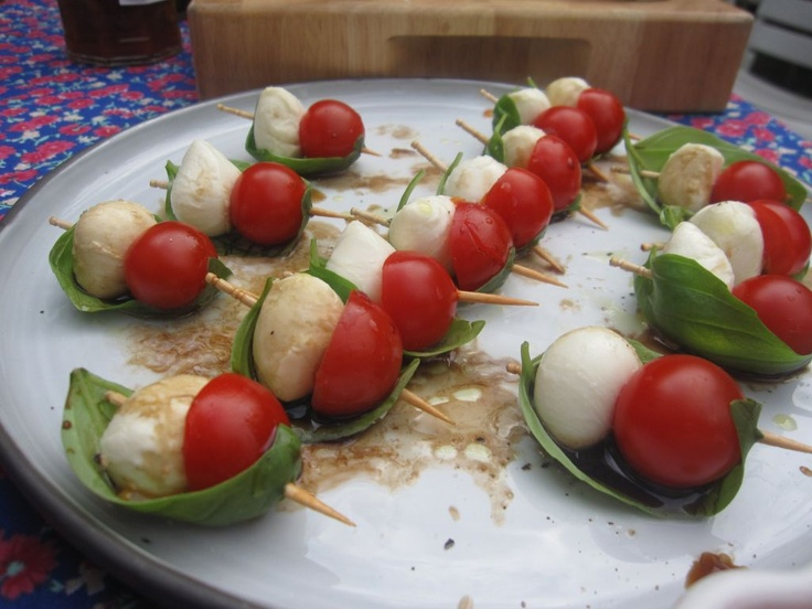 Pin by erin whittingham on savoury party food pinterest for Mozzarella canape