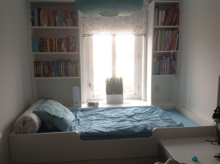Meer dan 1000 idee n over kleine tiener slaapkamers op pinterest tiener slaapkamer tiener - Kamer voor jaar oude jongen ...