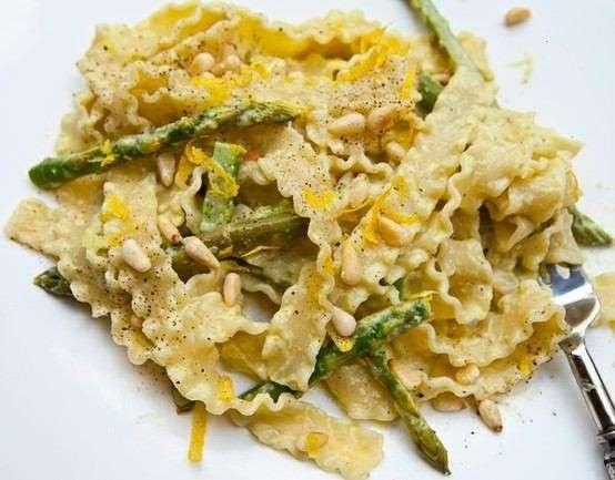 Pasta With Asparagus Cream Sauce | Mogul Wine & Dine | Pinterest