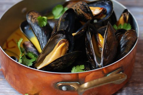 Coconut Curry Mussels (from Inspiring the Everyday)