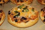 Chicken and Black Bean Tostizzas | 30 Minute Meals | Pinterest