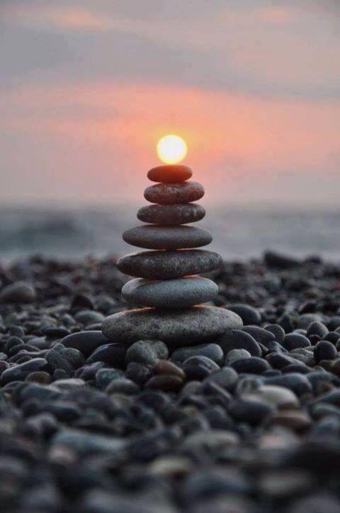 Zen stone - Reposez-vous! http://lamaisonduchai.com/bien-etre-notre-concept.html