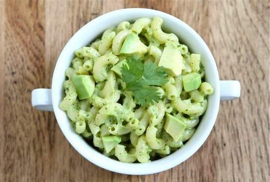 STOVETOP AVOCADO MAC AND CHEESE. I WONDER IF THE QUEEN OF NOODLES ...